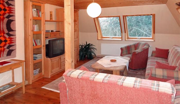 Fotos von unserem ferienhaus mit garten ferienhaus in dresden am elberadweg - Wohnzimmer dresden ...